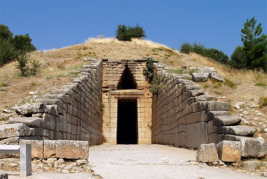 treasury of atreus in mycenes